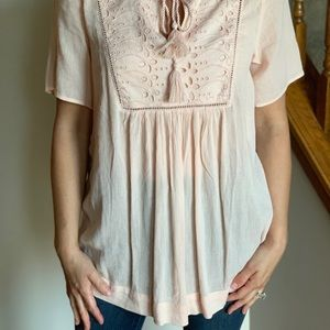 GAP Tops - Boho Gap Maternity Top In Soft Pink Size